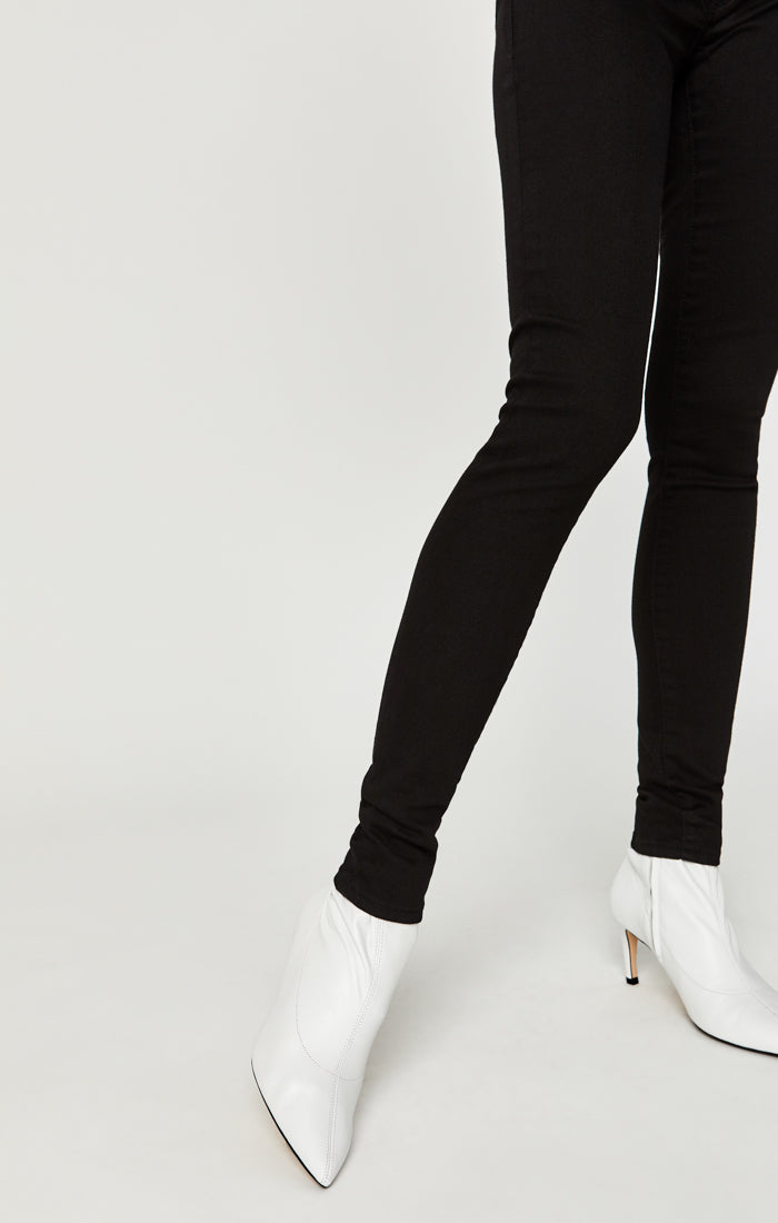 ADRIANA SUPER SKINNY JEANS IN DOUBLE BLACK TRIBECA - Mavi Jeans
