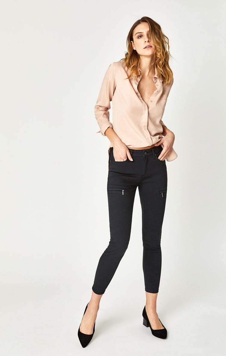 KARLINA SKINNY CARGO PANTS IN MOONLESS NIGHT TWILL - Pants - Mavi Jeans
