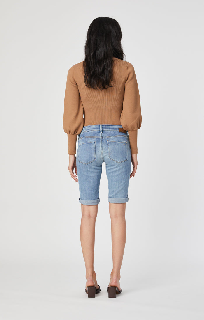KARLY BERMUDA SHORTS IN LIGHT FOGGY SUPERSOFT - Mavi Jeans