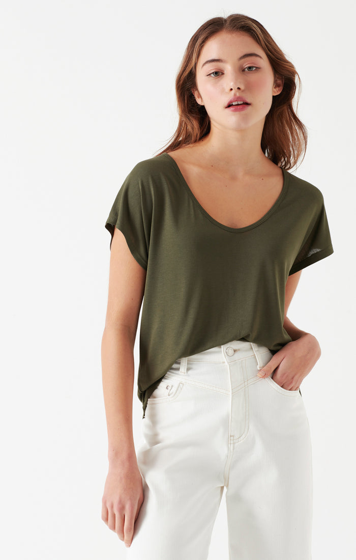 DIANNA OVERSIZED SCOOP NECK T-SHIRT IN OLIVE - Mavi Jeans