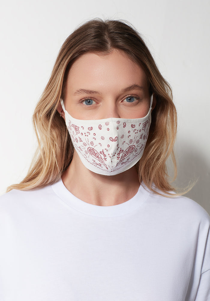 FACE MASK IN WHITE BANDANA PRINT - Mavi Jeans