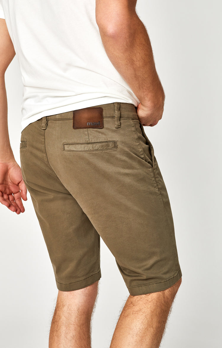 JACOB SHORTS IN SAGE TWILL - Shorts - Mavi Jeans