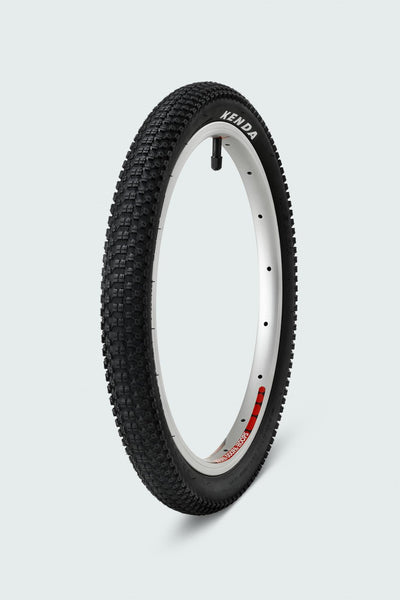 woom tyres produced by kenda