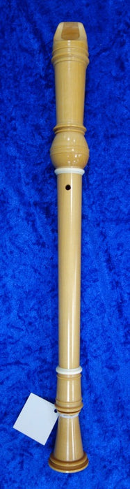 3873S Moeck Alto Recorder in Maple (older model) in good condition with decorative rings - with bag