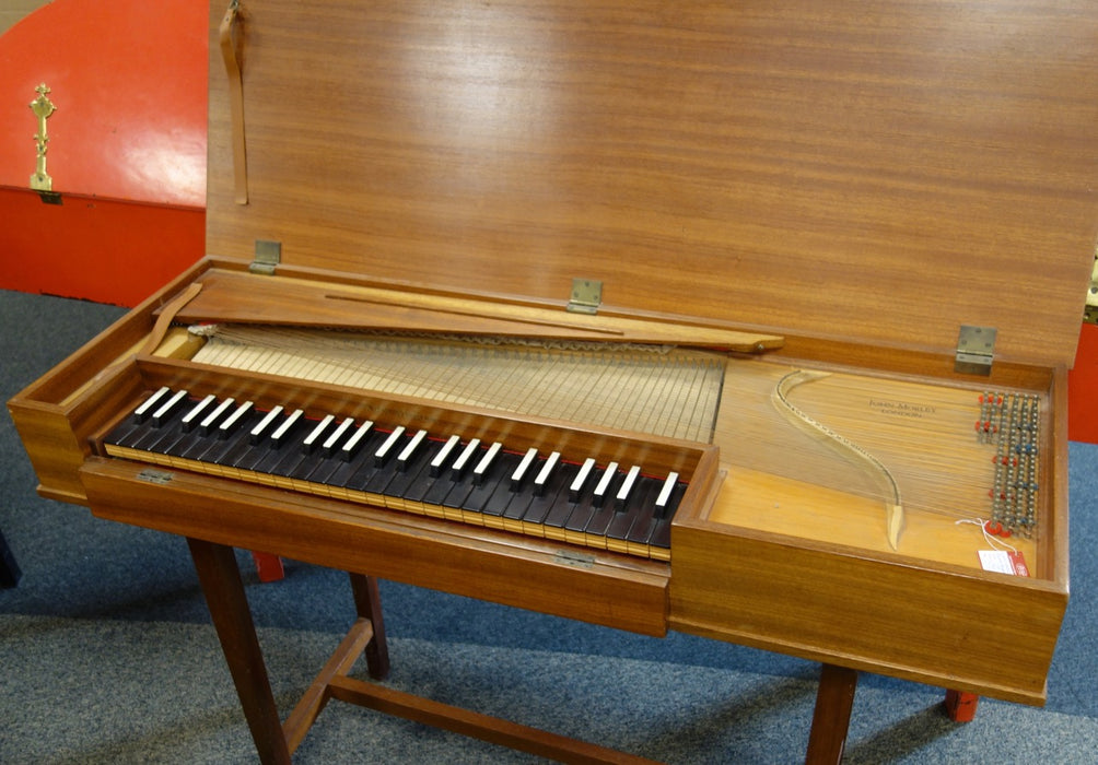3902S Clavichord by John Morley no.585 with stand and in fair condition