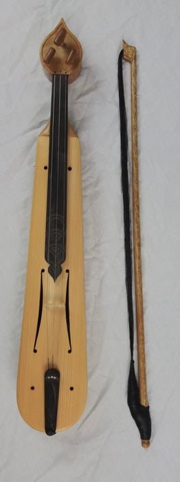 Papadopoulos Greek Lyra with bow and hard case