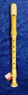PO0037S Dolmetsch Alto Recorder in Boxwood no. 25220 with decorative rings and in excellent condition - no case.