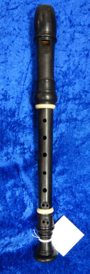 PO0049S Moeck Soprano Recorder in Grenadilla with decorative rings and in very good condition - no case.