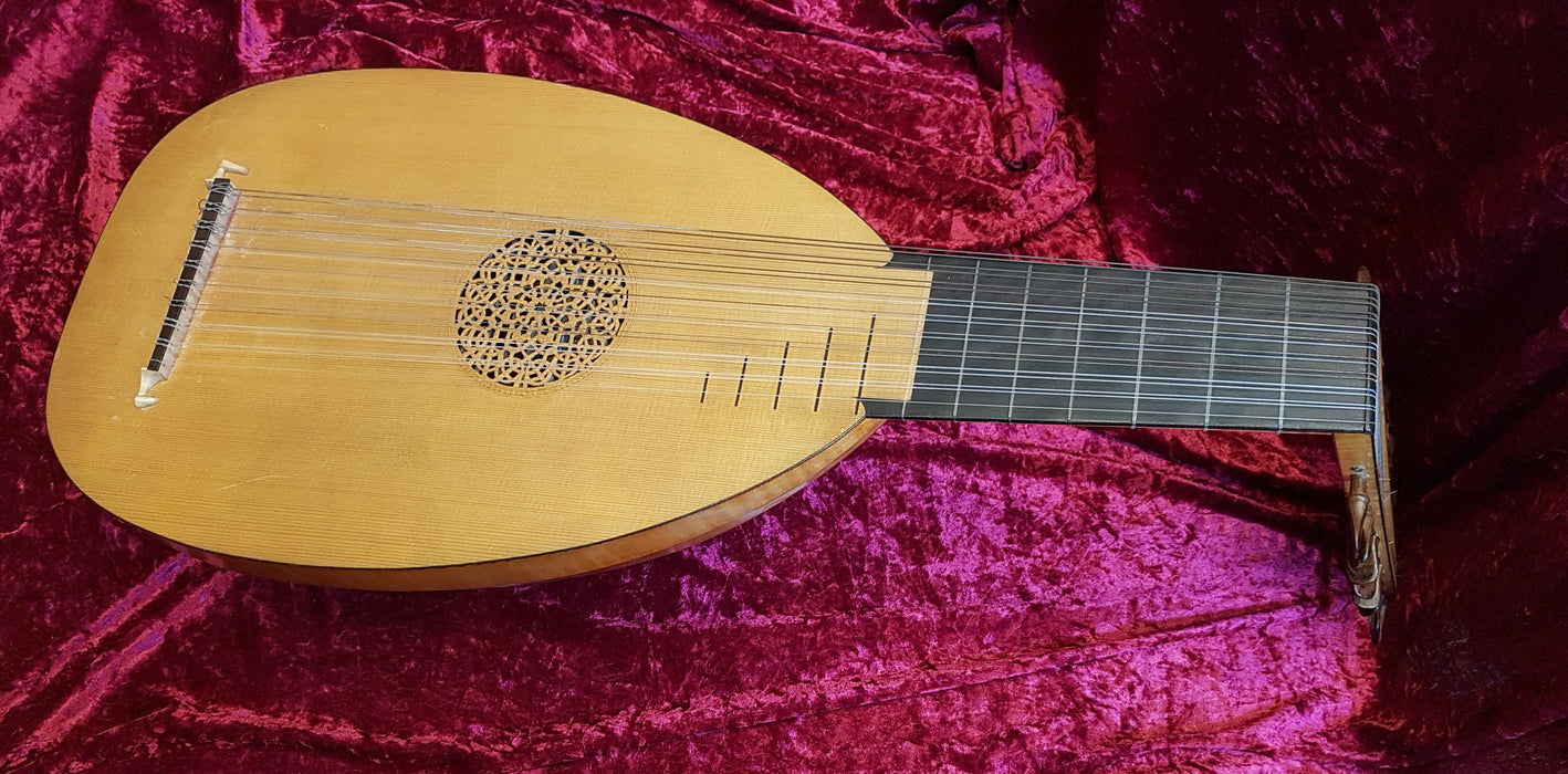 2984L 10-Course Lute made by Michael Cameron, with hard case