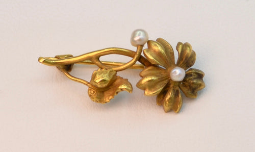 14K yellow gold floral pin with pearls