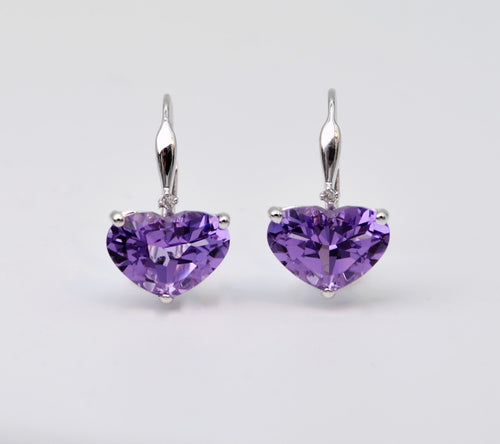 Amethyst Heart-Shaped Earrings in 14K white gold with lever back