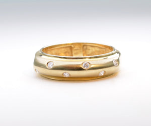 Bezel-set Diamond Gold Wedding Band