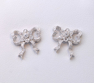 Bow-shaped Diamond Post Earrings in 18K White Gold