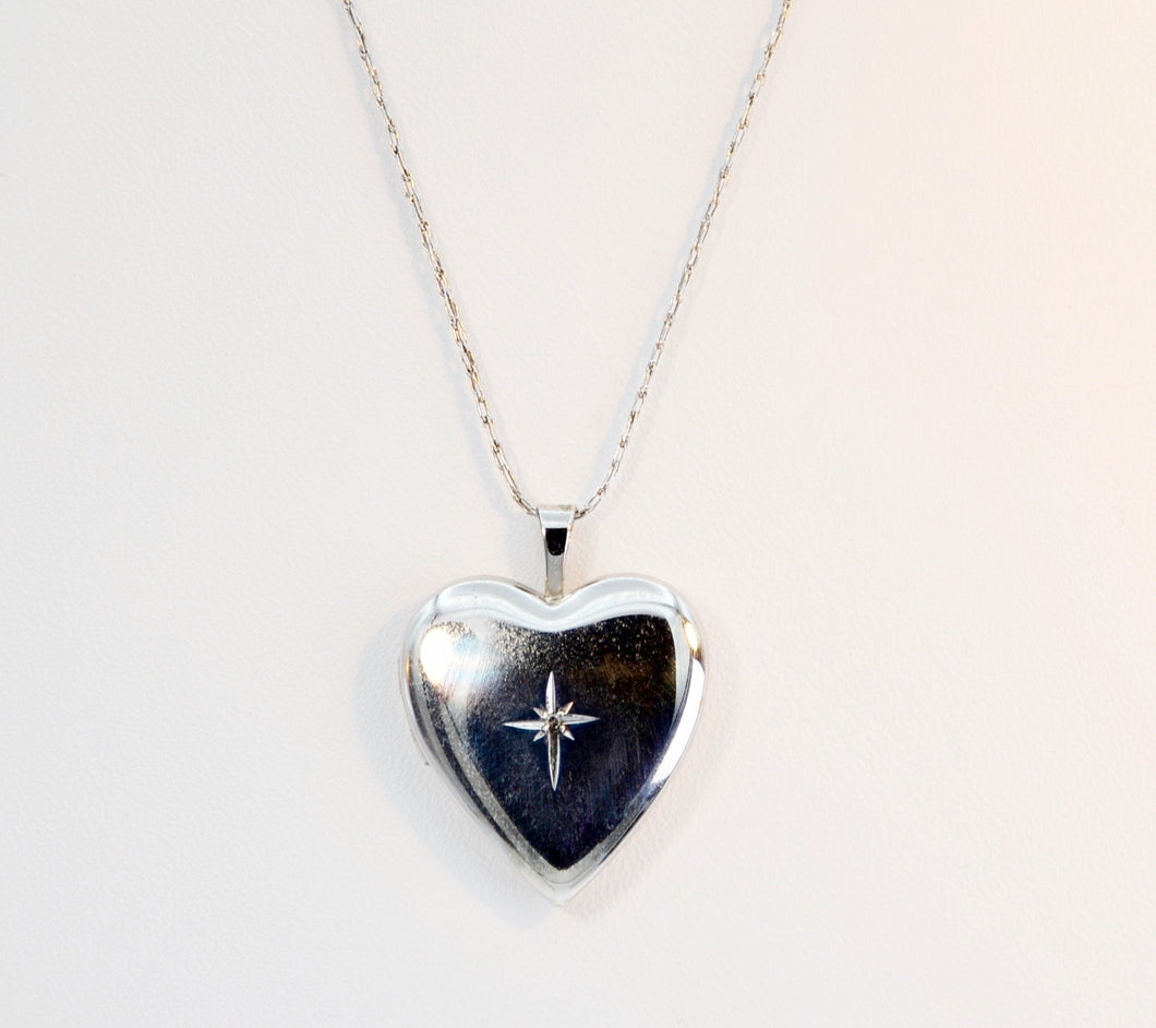 Sterling Silver heart-shaped locket, reversible design, with 18