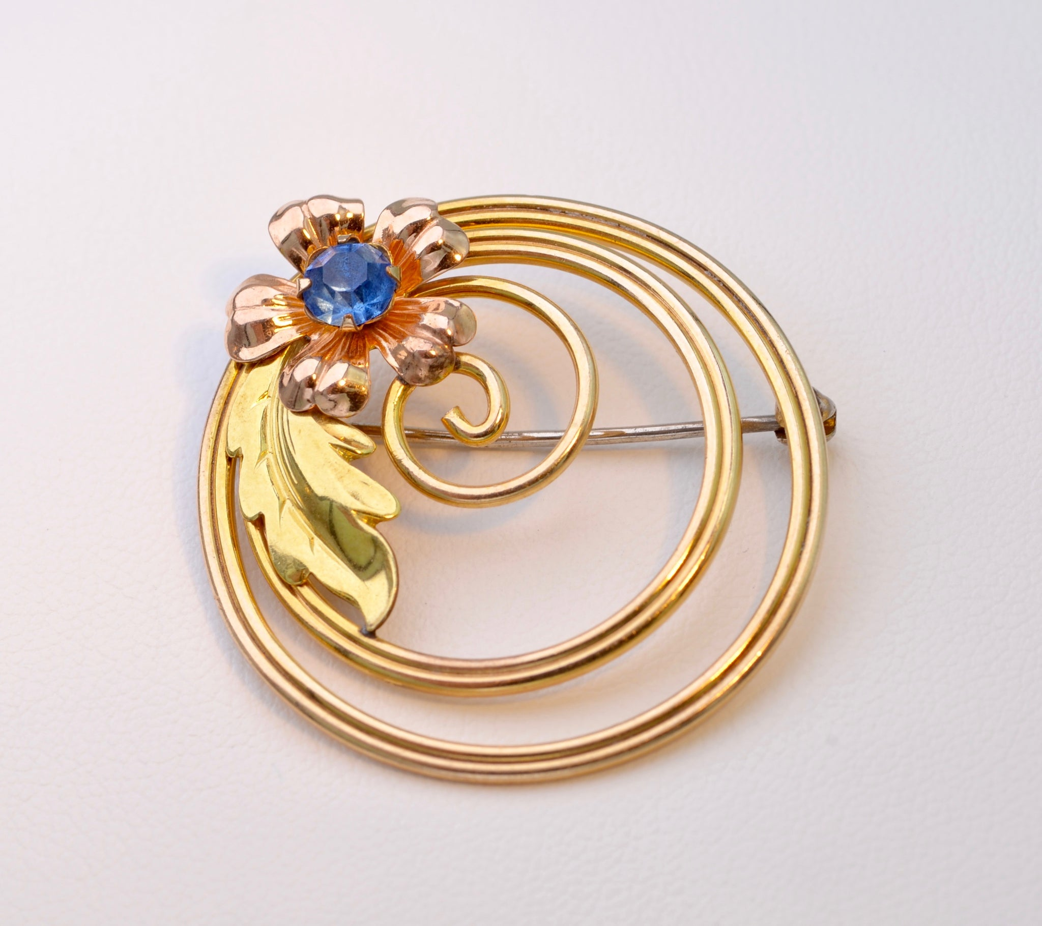 sapphire cduudro and diamond br brooch detail collection