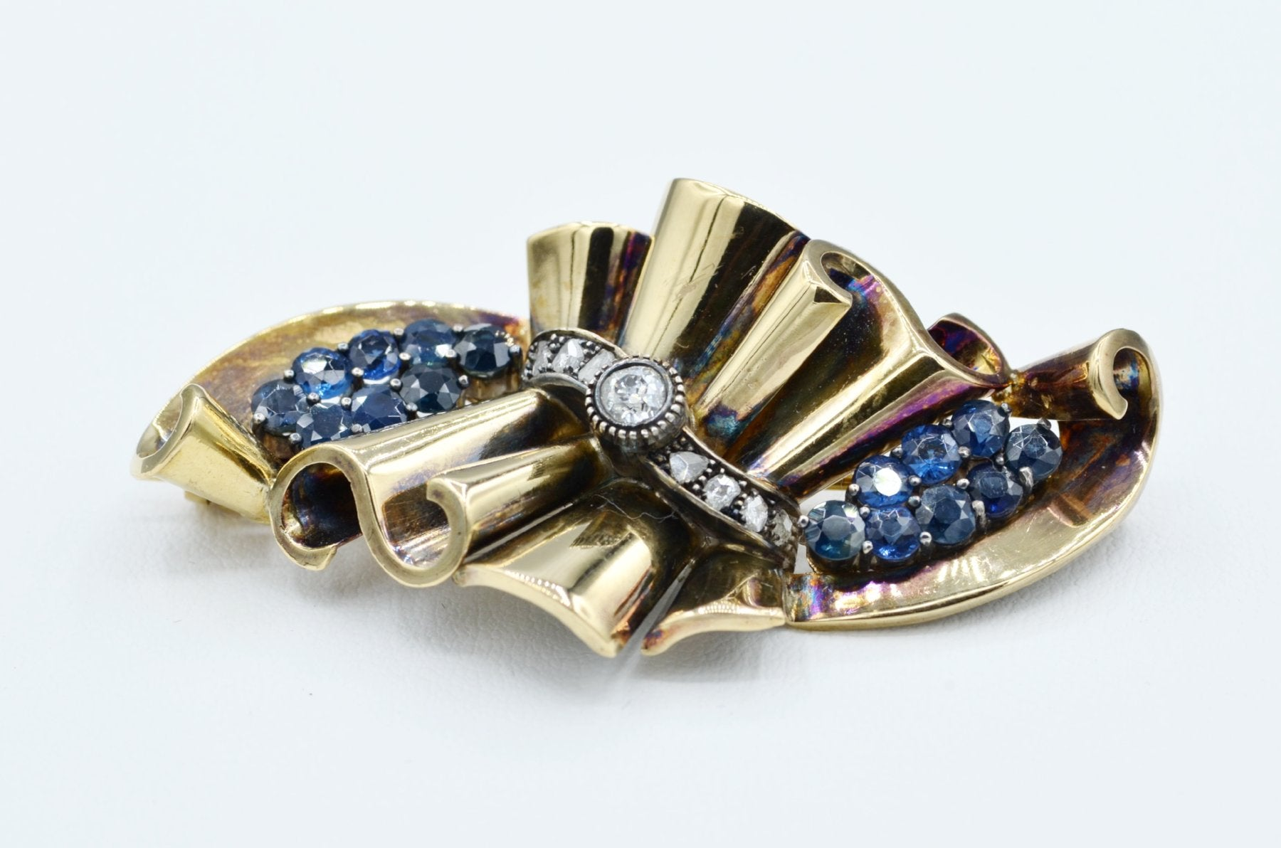 platinum carat itm french pearl and ct diamond cultured with spray a gold sapphire stunning vintage white brooch pin