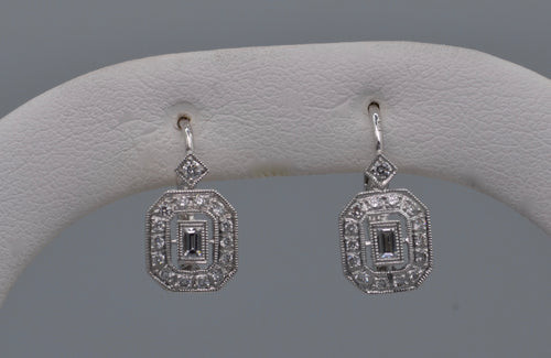18K white gold lever back earrings Art Deco-style with diamonds