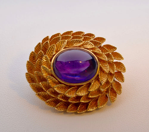 14K yellow gold Amethyst brooch, circa 1940