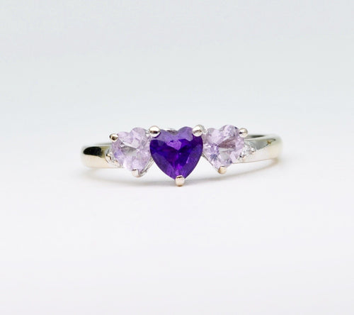 14K white gold ring with 3 heart-shaped Amethysts