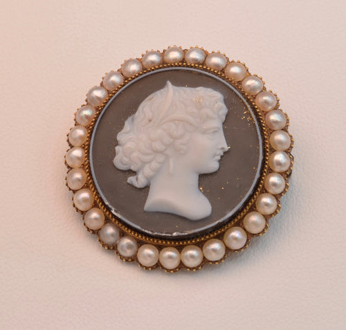 Antique Victorian Banded Agate Cameo, 14K Yellow Gold