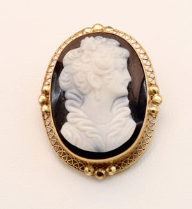 14K English Victorian Hard-stone Cameo pendant/brooch