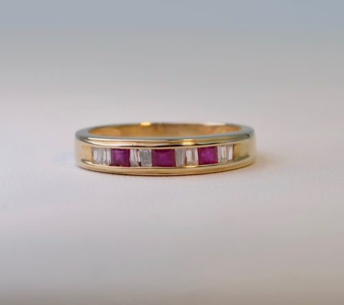 14K yellow gold Band ring with 3 square Rubies and 8 Baguette Diamonds