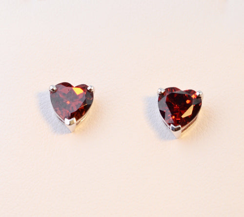 14K white gold, heart-shaped Garnet earrings