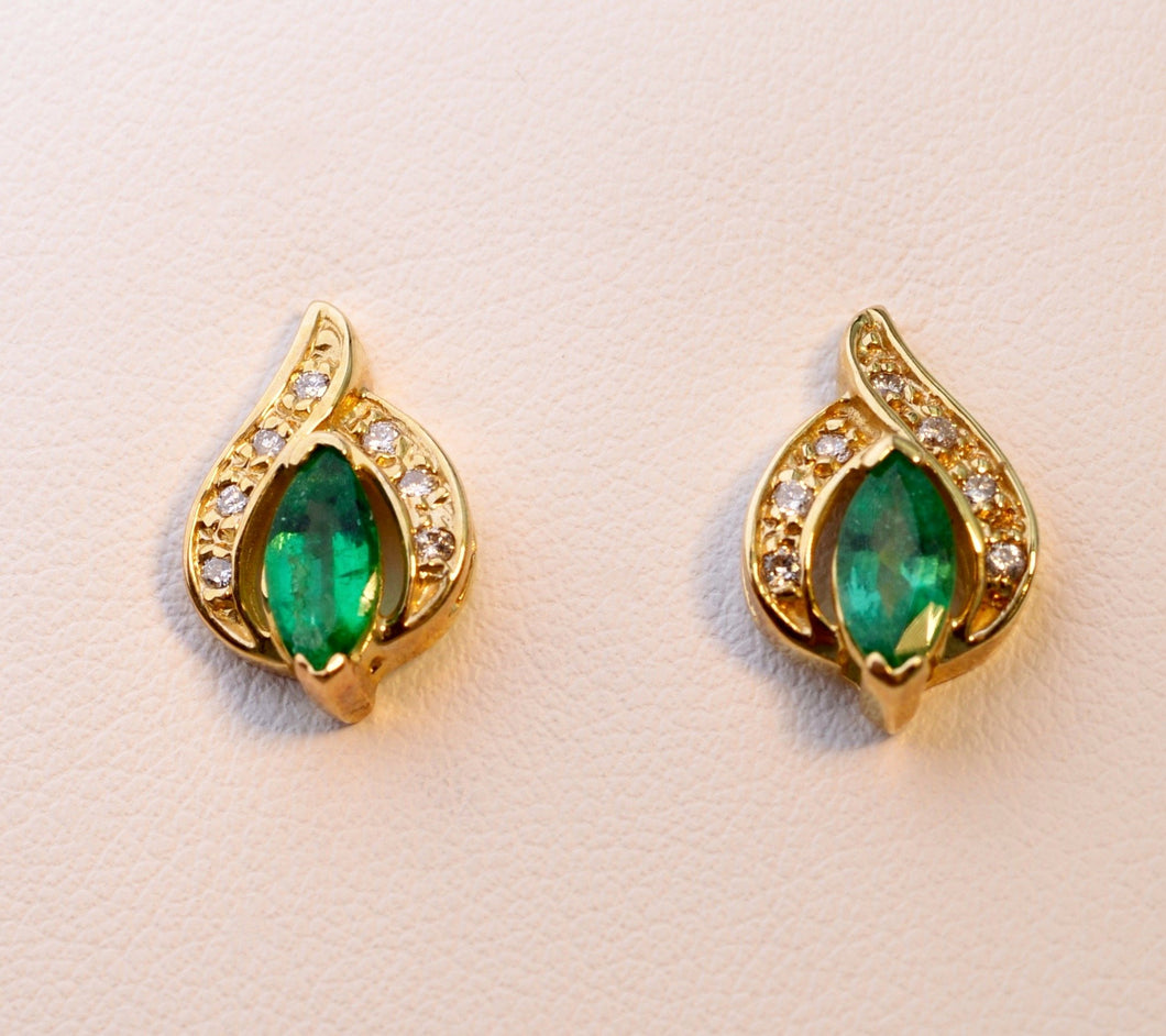 14K yellow gold post earrings with Emeralds