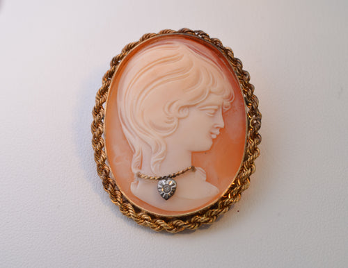 14K Yellow Gold-Framed Cameo with Young Girl Wearing Necklace