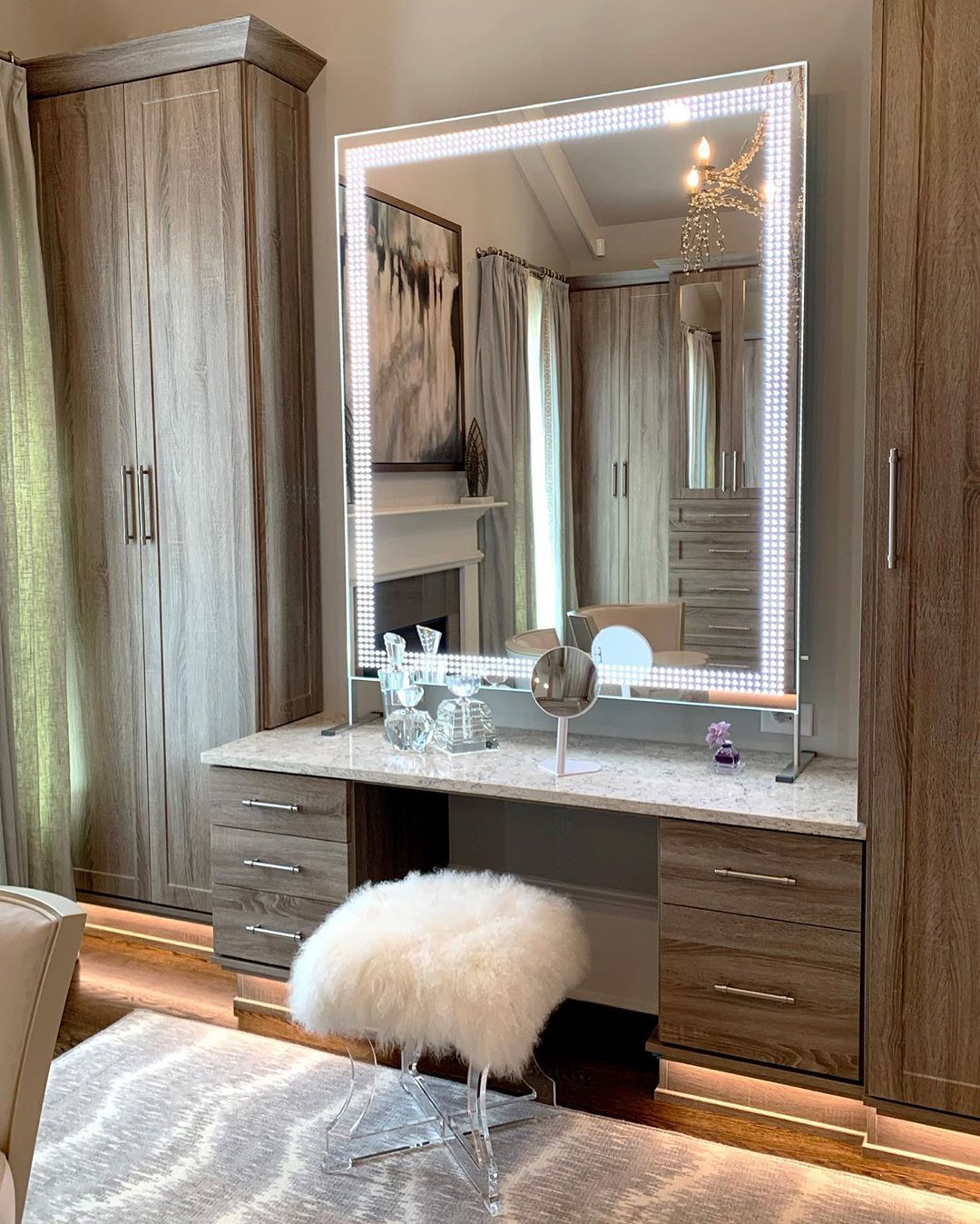 How To Choose The Best Lighted Full Length Vanity Mirror Glamcor