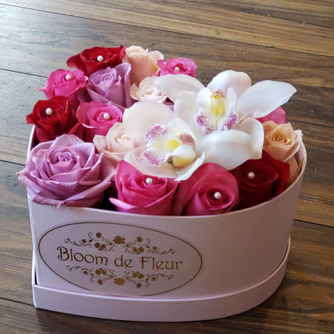 Bloom de Fleur Bouquet Big Box Heart box with orchids