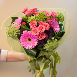Bloom de Fleur Bouquet Bouquet w/ Gerbera & Mixed Greens