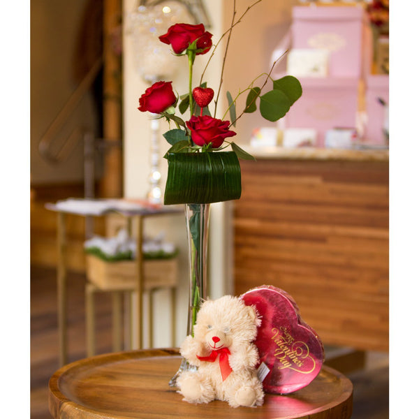 Bloom de Fleur Bouquet Vase - Valentine w/ Bear and Chocolates