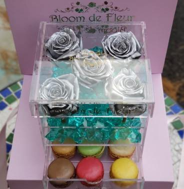 Bloom de Fleur Forever Roses Infinity N°.5 with Drawer - Forever Roses - Silver Wedding
