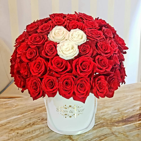 Bloom de Fleur Luxury White Luxury White - 47 Red Roses and 3 White
