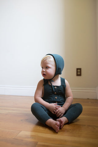 Fin & Vince Hand Knit Bonnet + Romper Set, Forest Green