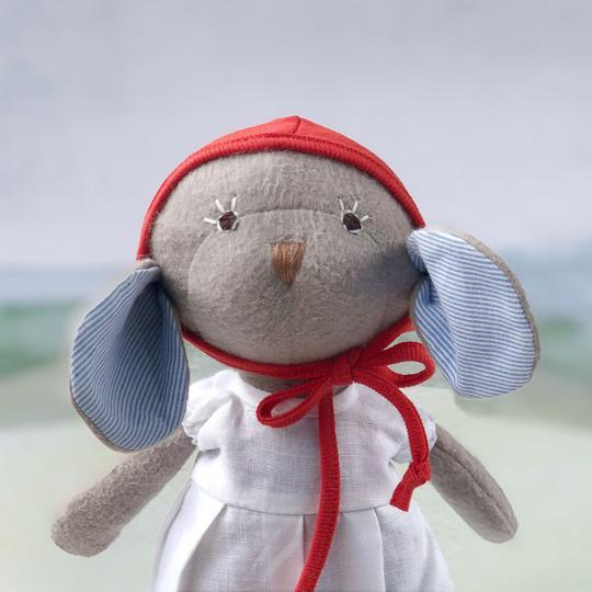 Hazel Village Catalina Mouse in White Linen Dress & Bonnet