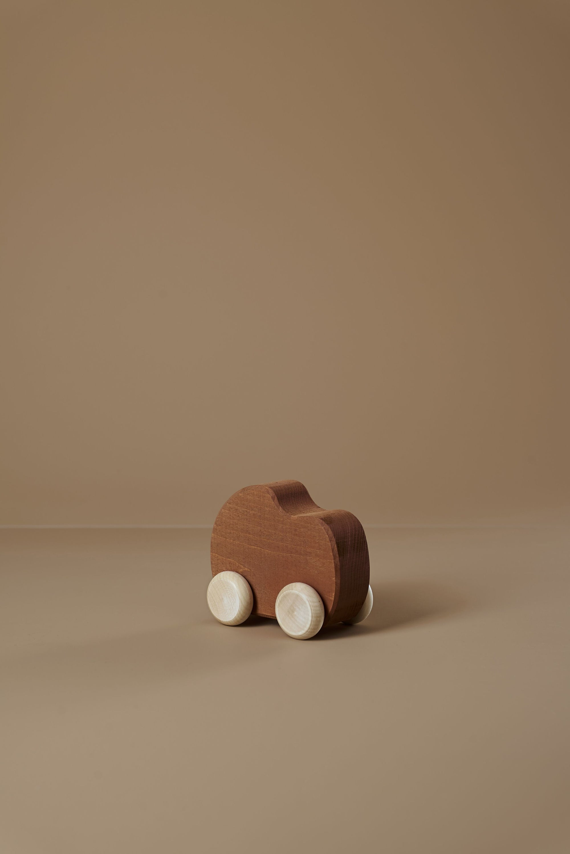 Raduga Grez Wooden Toy Car, Clay