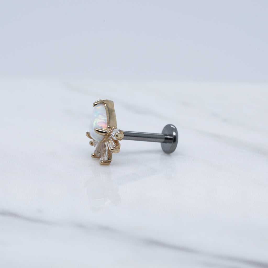 Threadless 14kt Gold Marionette Labret
