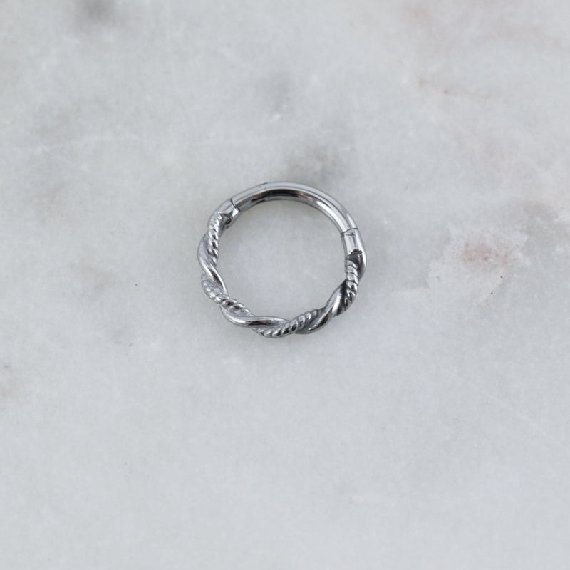 Twisted Hinged Seam Ring