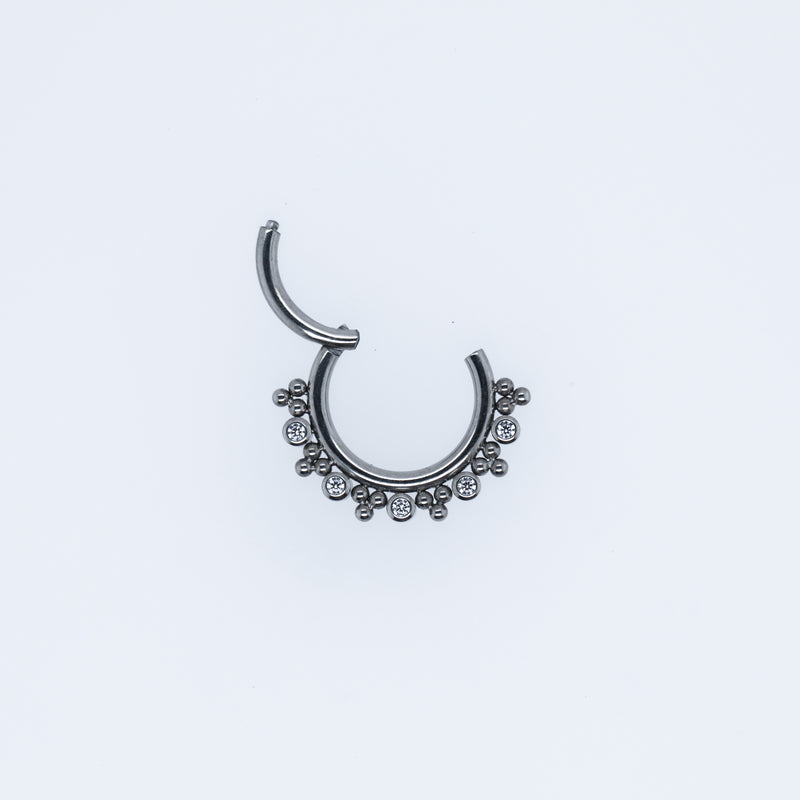 Aria Hinged Seam Ring