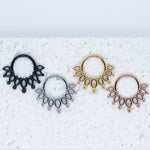 Embla Hinged Seam Ring