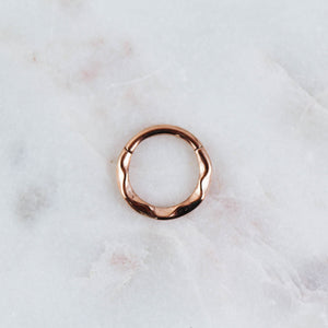 Wavy Hinged Seam Ring