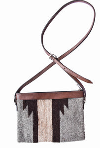 Cross-body de lana