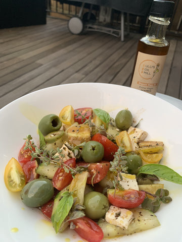 greek summer salad with rapeseed oil