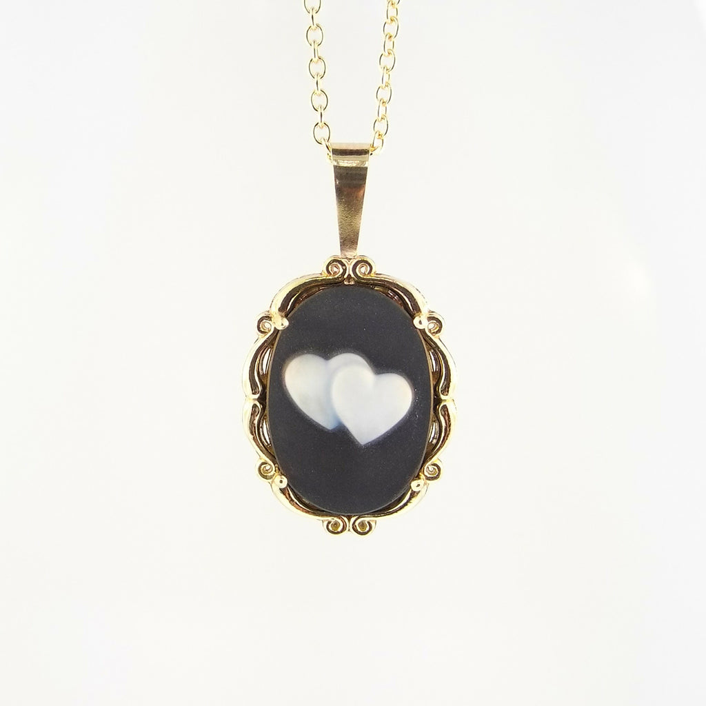 Lovely Cameo Pendant