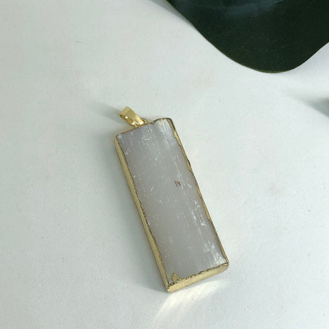 Selenite Pendant PD08
