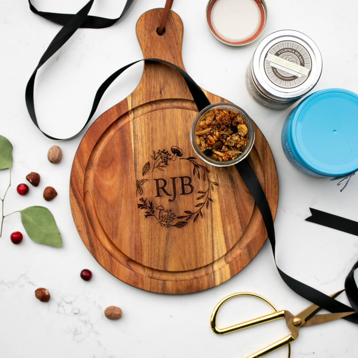 WOOD & SLATE SERVING BOARDS