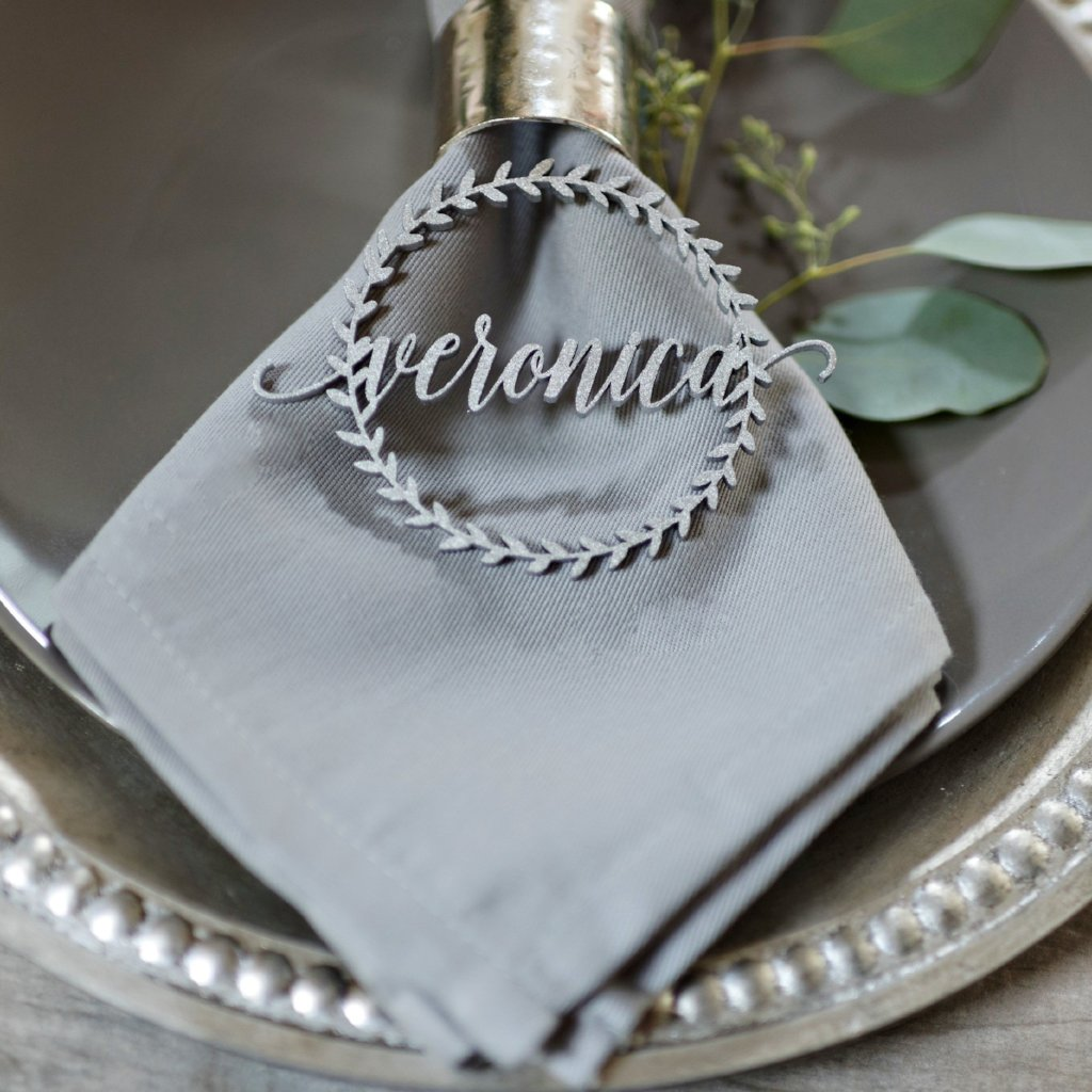 Aveline Wreath Place Cards