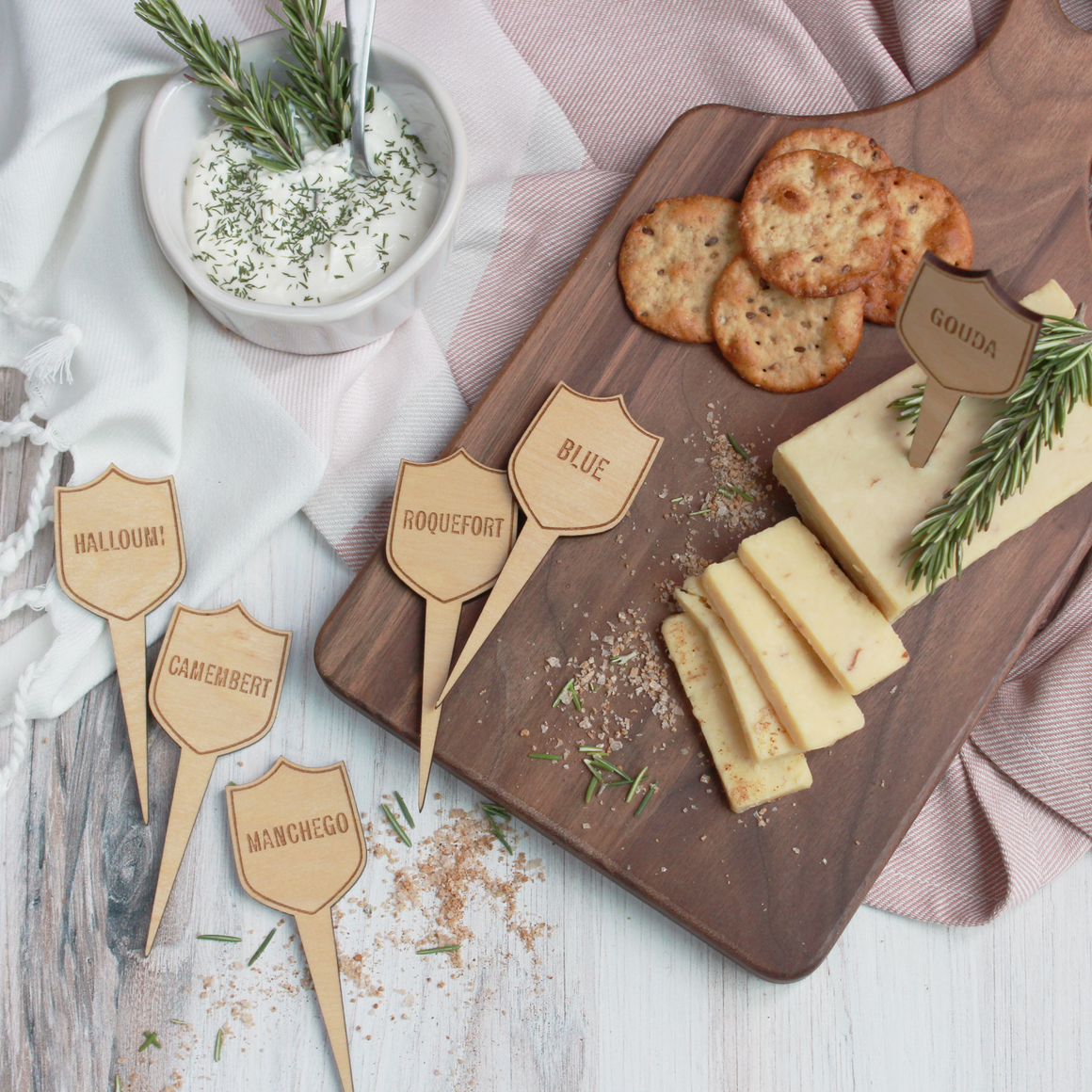 Crest Cheese Marker Set